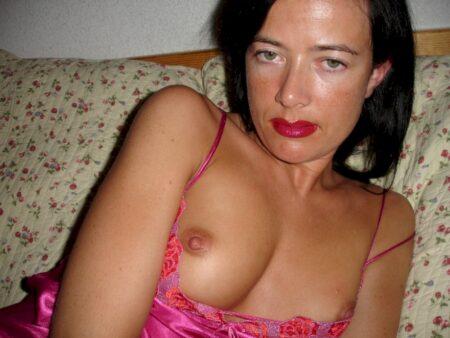 Femme coquine vraiment très sexy recherche un gars charmant