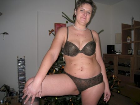 Femme sexy très chaude recherche un gars original